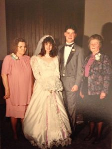 wedding photo of lori soard with her grandma and grandma-in-heart